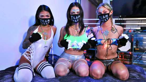 [BFFs] Paisley Paige, Melody Foxx, Winter Bell: Quarantine And Rave With Me