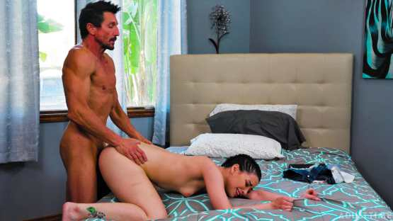 [Caught Fapping] Aria Lee: Not Under My Roof