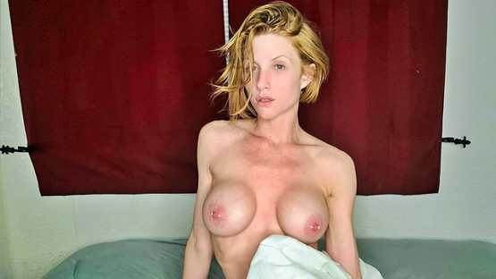 [Stay Home MILF] AKGingersnaps: Redhead