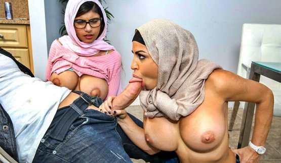 [BangBros Clips] Mia Khalifa, Julianna Vega: Mia Khalifa is cumming for dinner – Stepmom And GF Share BFs Cock