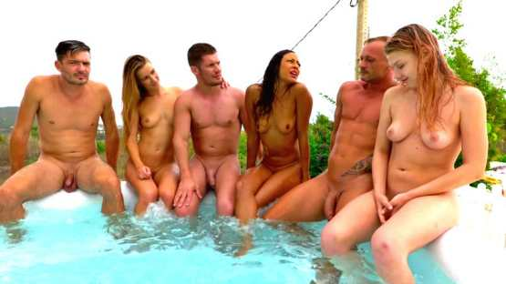 [Jacquie Et Michel TV] Orgies in Ibiza (2): Lucy's surprise!