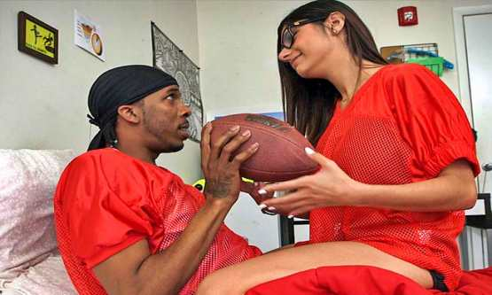 [Monsters Of Cock] Mia Khalifa Takes on Big QB Dick