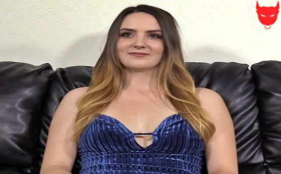 [Backroom Casting Couch] Kinsley – 19 Years Old