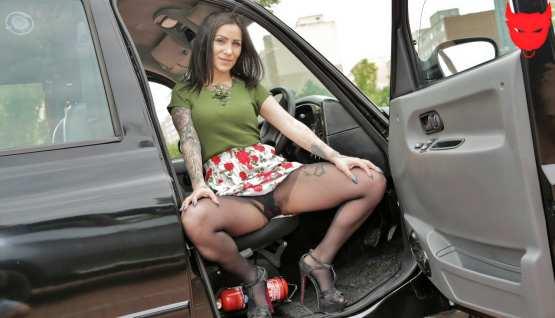 [Fake Taxi] Natasha INK: Sex Doll Watches Cabbie Cheat (HD/2020)