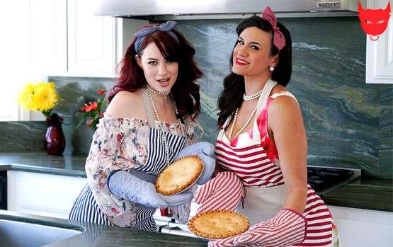 [Mom Swap] Jessica Ryan, Penny Barber: Stepmommy Pies