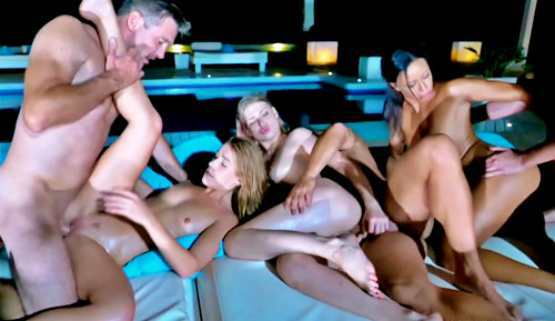 [Jacquie Et Michel TV] Alexis Crystal, Cassie Del Isla, Lucy Heart: Orgies in Ibiza (4): Orgy with a bang for the last night!